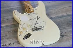 Fender Artist Series Jimi Hendrix Tribute Stratocaster Olympic White + Hard Case