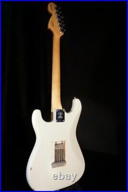 Fender Lmt Custom Jimi Hendrix Woodstock Izabella Stratocaster Guitar