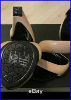 Julian Hakes Mojito Cream Beige Designer Artist Futurist heels 37 So Rare Box