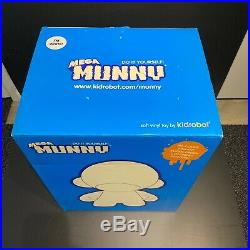 Kidrobot Mega Munny Vinyl Figure 18 inch white designer/artist toy 2007
