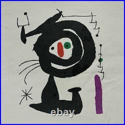 Vintage Joan Miró Sculpture T-Shirt Retro Artist Hipster Tee